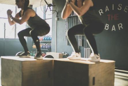 Auswahl eines Fitnessstudios für Aerobic