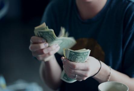 Finanzielle schlechte Gewohnheiten
