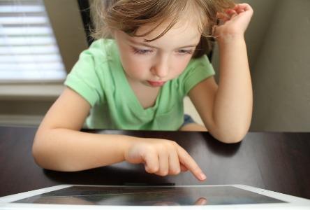 Wie die Massagetherapie autistischen Kindern zugute kommt