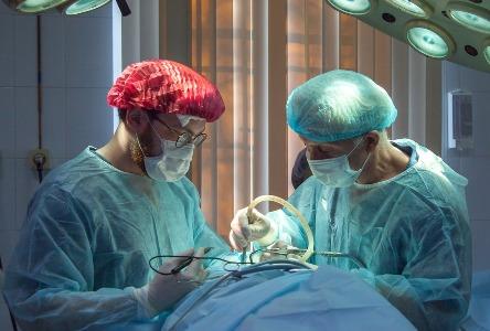 Verfahren in der Sodenbrennen-Chirurgie
