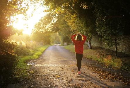 Tun Sie Ihrem Körper einen Gefallen auf natürliche Weise - Natürliche Gesundheitsalternativen