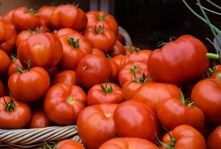 Hausmittel durch die Verwendung von Tomaten